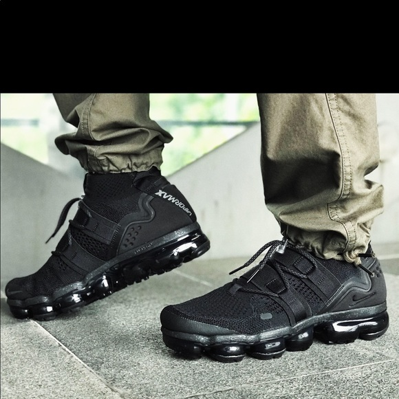 new style daeec 91cd0 🔥 Nike Air VaporMax Flyknit Utility Triple Black